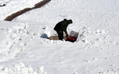Avoid Snow Shoveling Injury